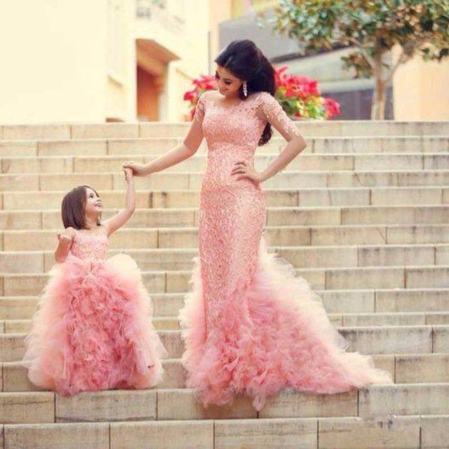 Madre-Mamma-e-Figlia-Si-Veste-Famiglia-Look-Da-Sposa-Set-Mamma-e-Mi-Vestito-Ragazza.jpg_640x640.jpg