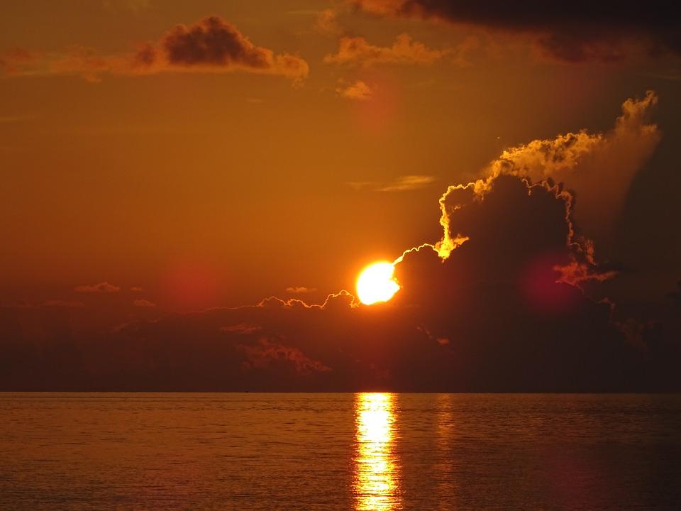 sun-3342764_960_720.jpg