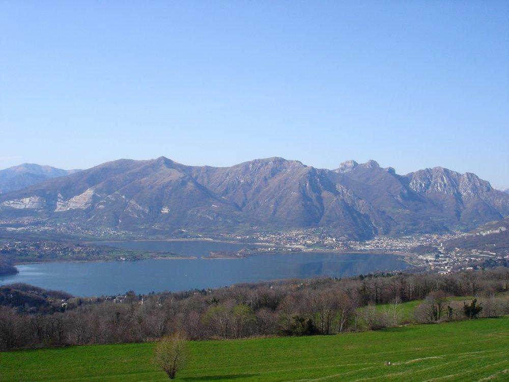 Lago_di_Annone_-_Brianza.jpg