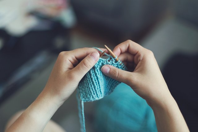 knit-and-quiet.jpg