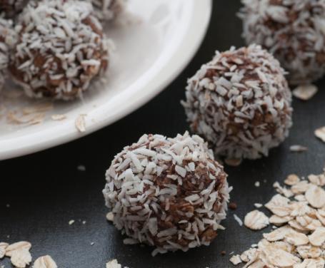 palline-al-cocco-e-cioccolato.jpg