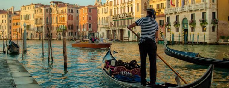 venezia-gondola3-766x297.jpg