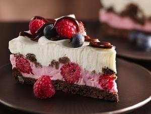 fetta-di-torta-alle-fragole-300x226.jpg