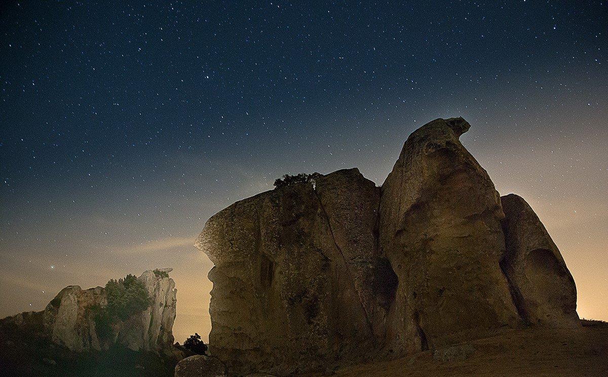 Megaliti Argimusco.jpg