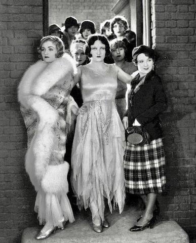 #Cinema Constance Bennett, Joan Crawford & Sally O'Neil - Sally, Irene & Mary (1925)