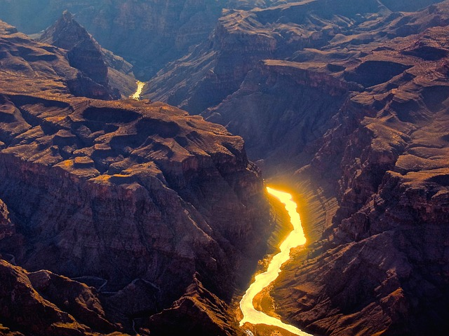 grand-canyon-2681533_640.jpg
