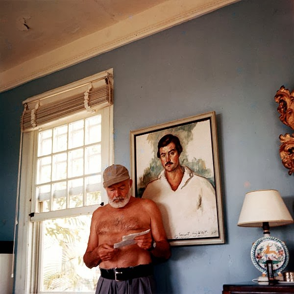 600px-Ernest_Hemingway_at_the_Finca_Vigia_1953.jpg