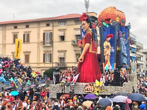 88-carnevale-2019-carnev2019-sfilata-corso-carri--1-.jpg.493c51a6a627c53996c776d551d10895.jpg