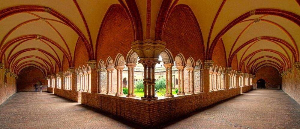 abbazia-chiaravalle-della-colomba-turismo-piacenza-chiese-viaggiare-04-1200x518.thumb.jpg.8acbdd8d5291f73e4358d1cc17a5455f.jpg