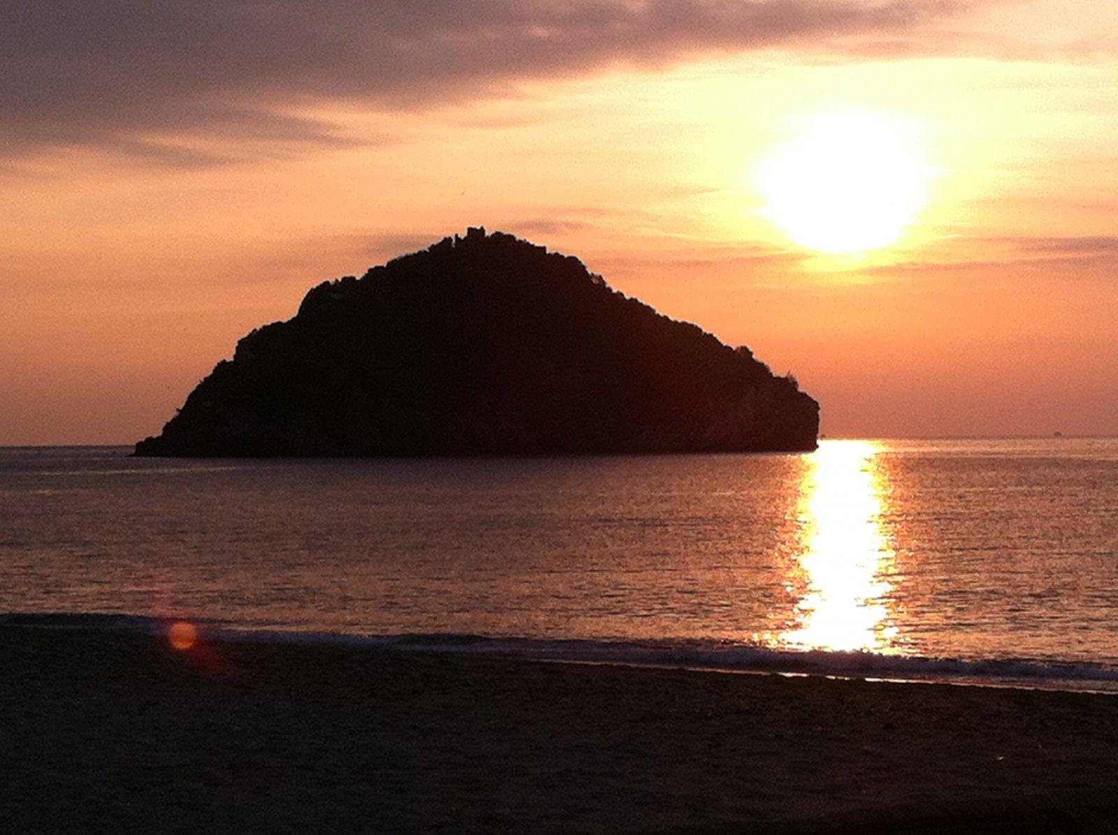 Alba , isola di Bergeggi (SV) 023.JPG