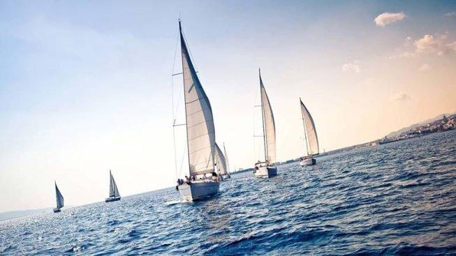 barche-a-vela-da-regata-653x367.jpg