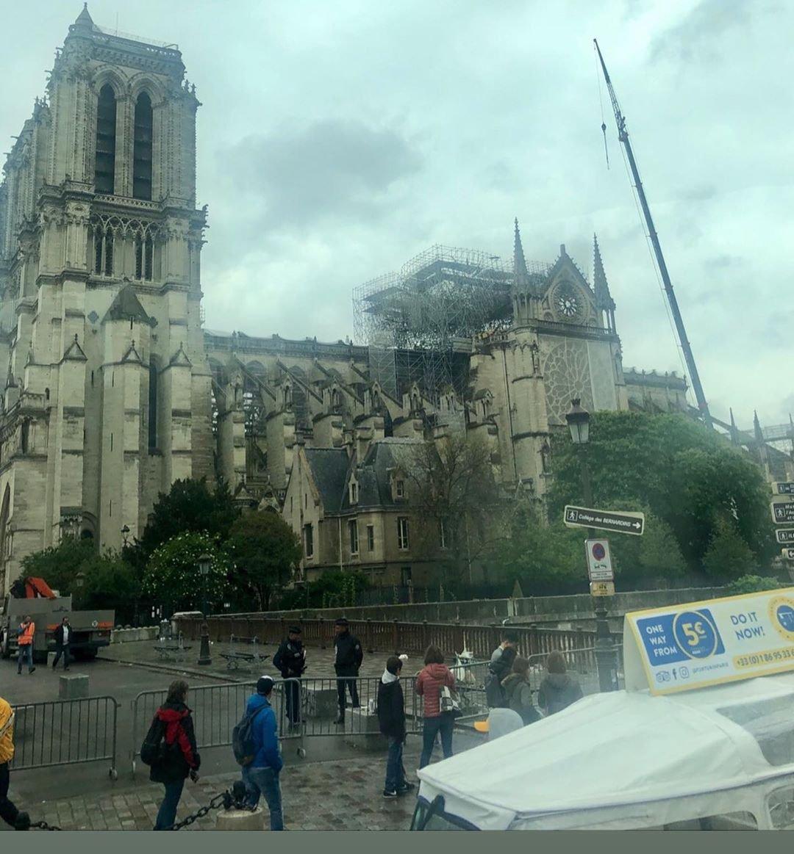 notre dame Parigi 3.jpg