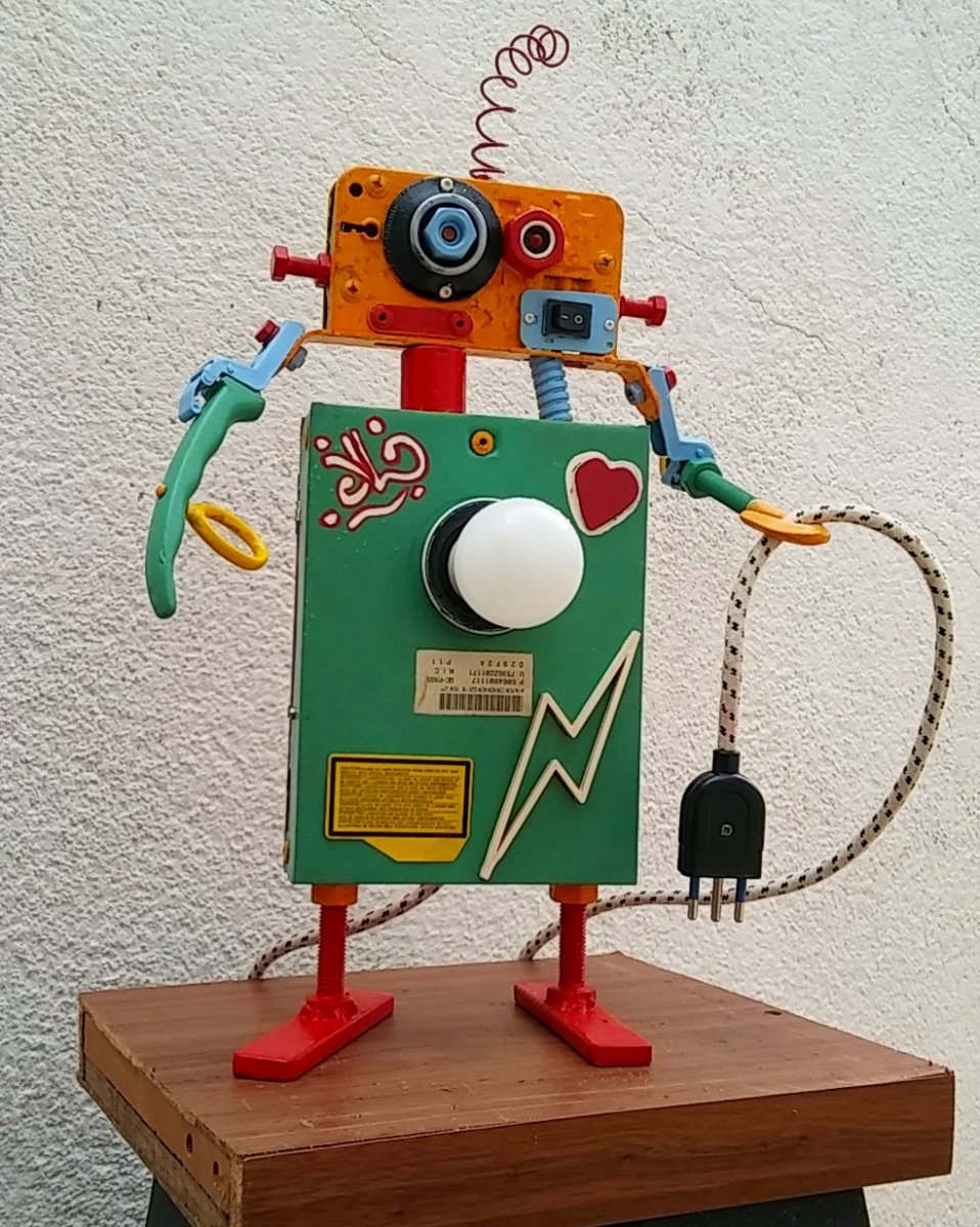 #LumeRobotAlcool / Lampada Robot Alcool