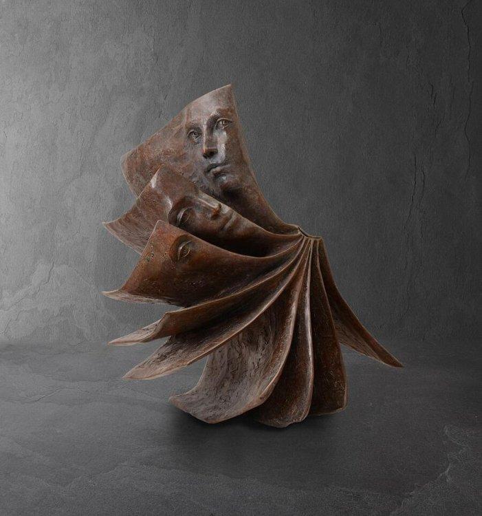sculture-libri-volti-paola-grizi-06.jpg
