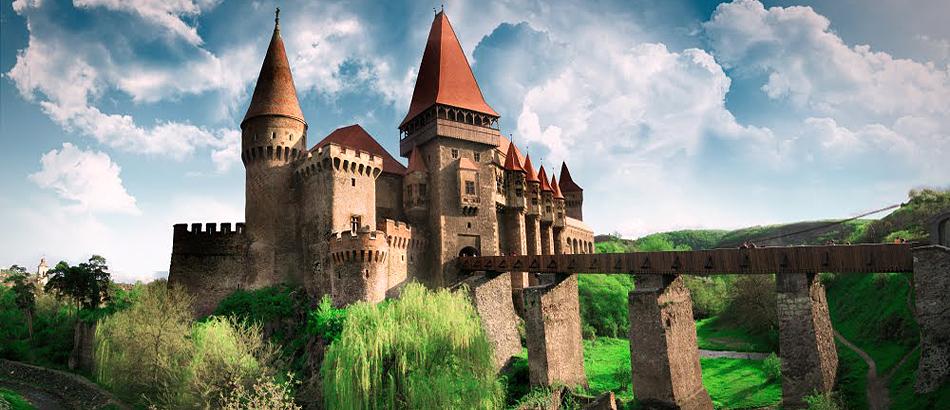castelul-corvinilor-1.jpg