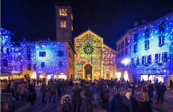 Como sotto Natale si trasforma in...Città dei balocchi!