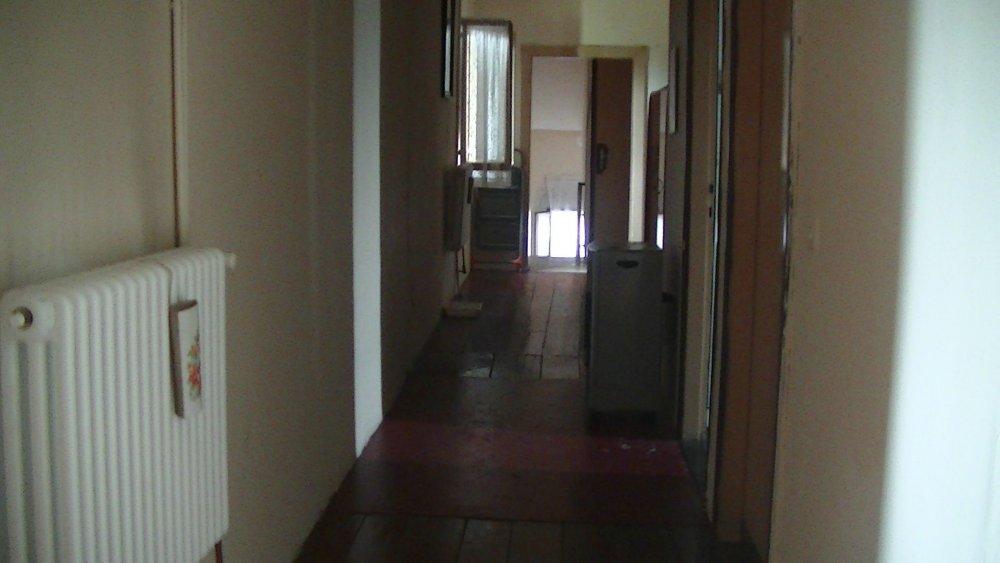 corridoio camere e bagno_1.jpg
