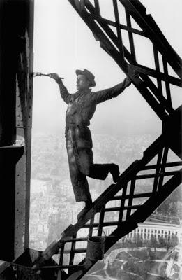 painter Tour eiffel, 1953.jpg