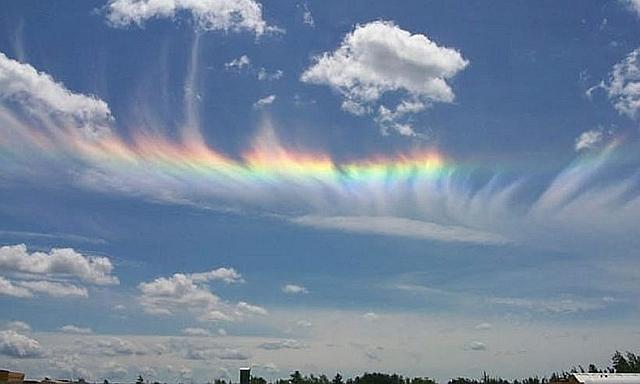 arcobaleni-di-fuoco-splendido-fenomeno-ottico-eccolo-39216_1_1.jpg