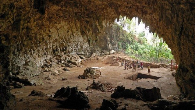 Grotta Kitum