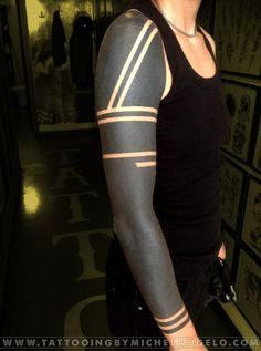31d140f3e73ce4f2dac2ae396872263b--black-tattoos-arm-tattoos.jpg