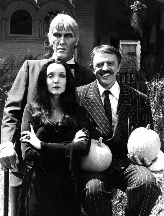 Addams_Family_Halloween_1977.jpg
