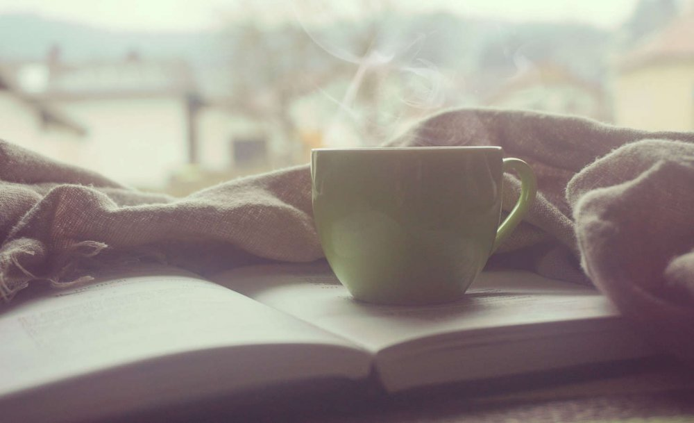 leggere-un-libro.jpg