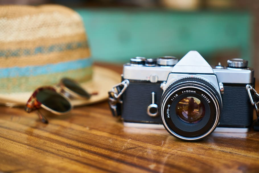 old-camera-lens-hat.jpg