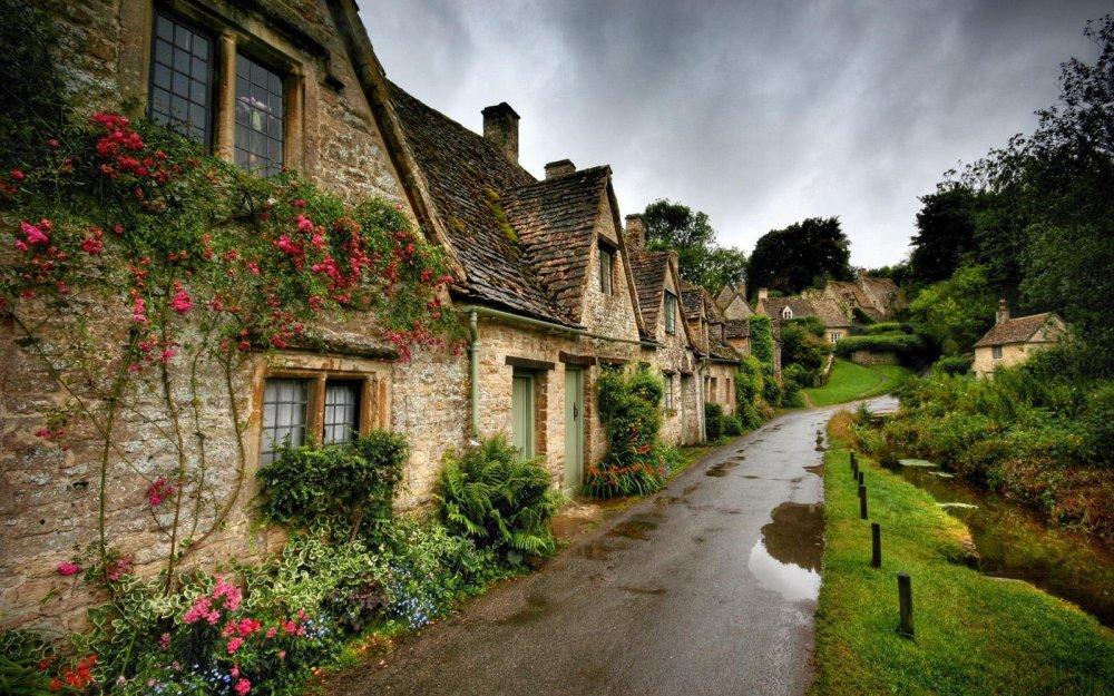 villaggio-irlandese-001-000.thumb.jpg.94c411c070246d6c1bba0205f0081814.jpg