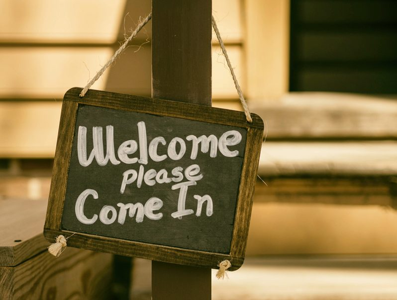 welcome-sign-798x604.jpg
