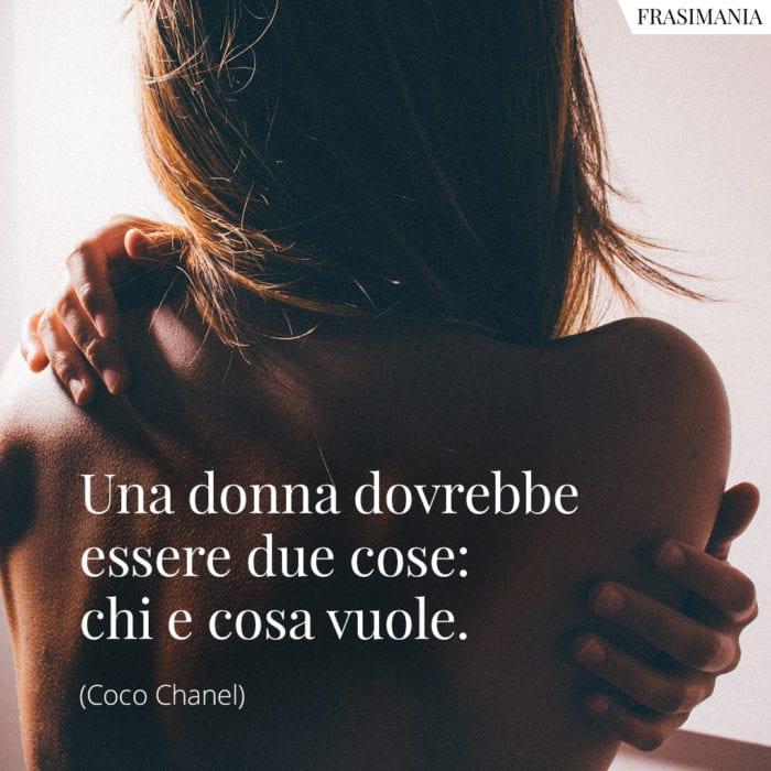 frasi-donna-essere-chanel-700x700.jpg