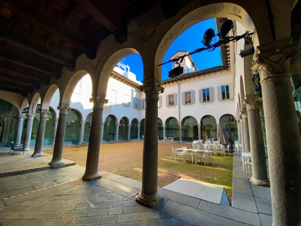 Palazzo Carmagnola.jpg