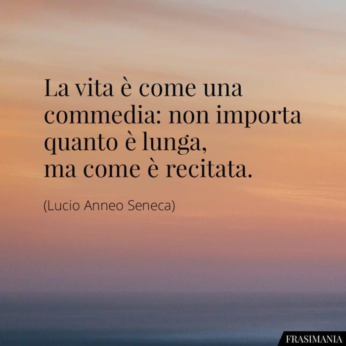 frasi-vita-commedia-recitata-seneca-700x700.jpg